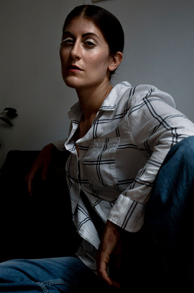 Suzie Léger with straight, slick hair, photo by Thomas Ferenci