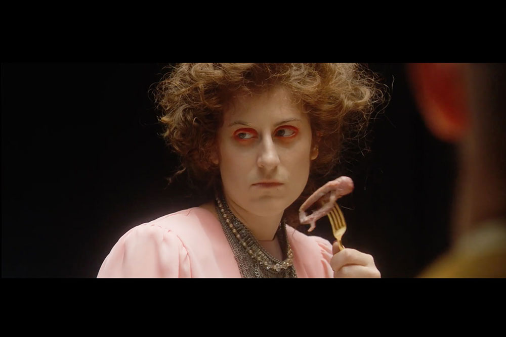 """Suzie Léger in the music video """"Kill"""" by What Would tIlda Swinton Do"""
